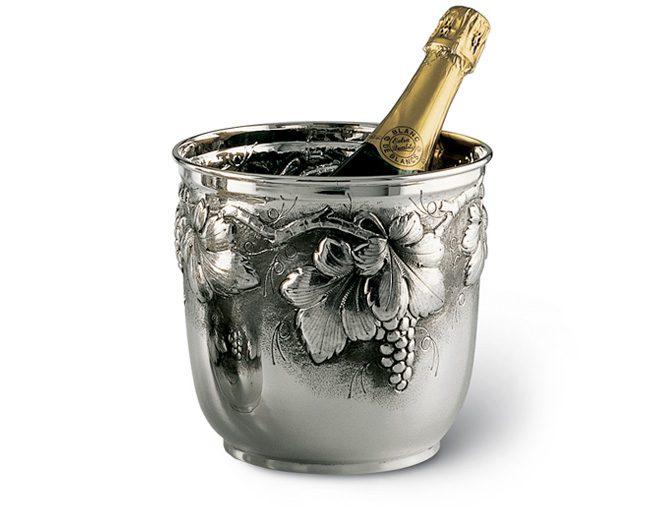 jak i w czym podajemy szampana