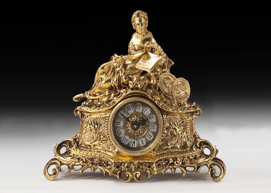 zegary wykonane z brązu