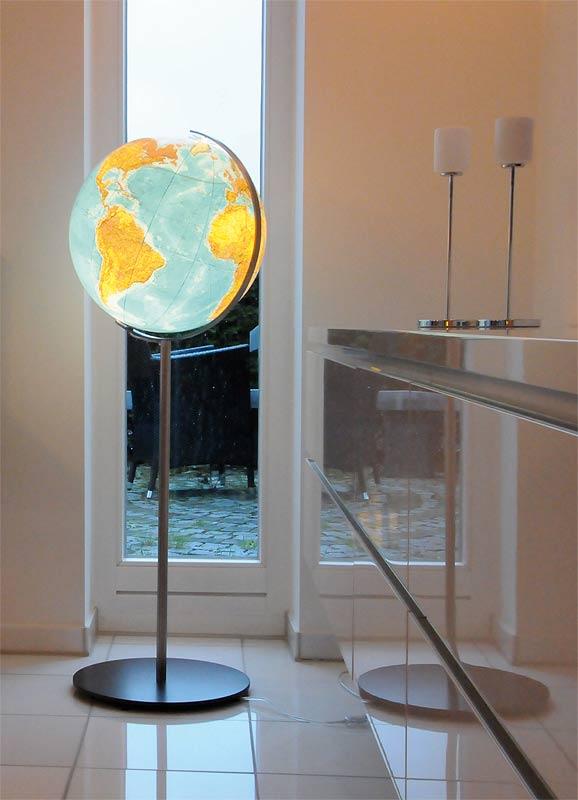 podświetlany globus do sypialni