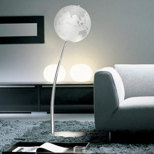 luksusowe globusy w sypialni