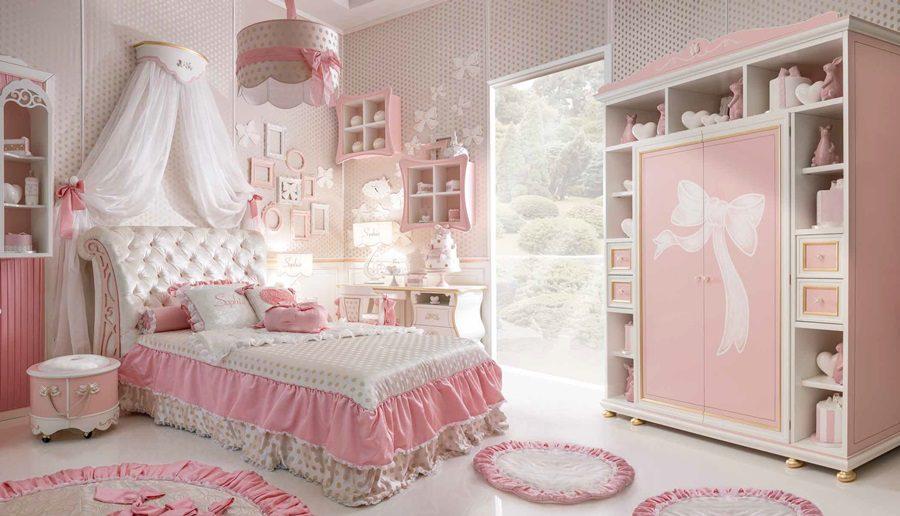 Włosi produkuja także różowe sypialnie dla dziewczynek