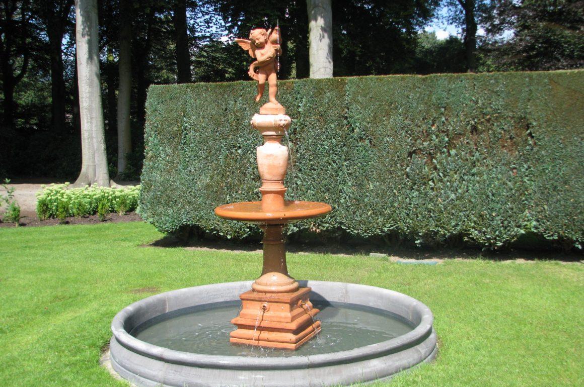 Ogrodowe fontanny to piękno ukryte w szlachetnych materiałach